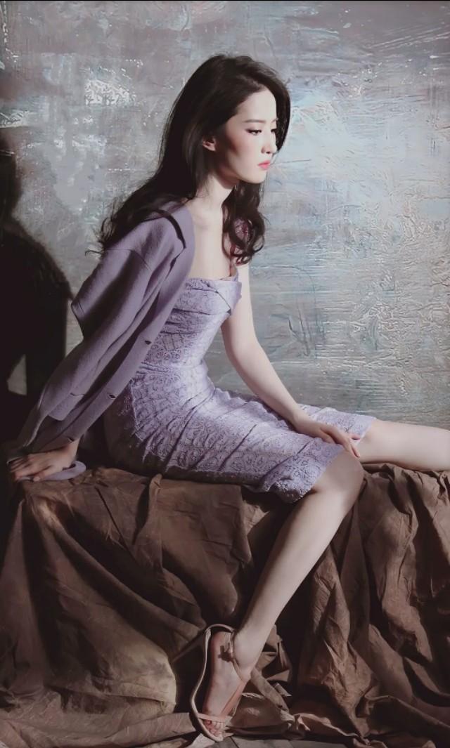 刘亦菲紫色连衣裙淡雅浪漫、气质独特-第5张图片